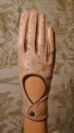 Vintage camel tan & brown leather driving gloves  (1)