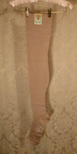1920s vintage Lady Grace Durene Mercerized Cotton 260 Needle Stockings 005