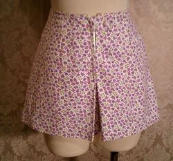 Vintage 1950s pin up girl front zipper shorts culottes (3)