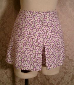 Vintage 1950s pin up girl front zipper shorts culottes (5)