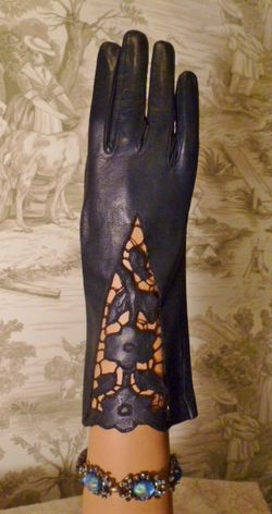 Vintage navy blue kid skin embroidered floral cut out leather gloves (1)
