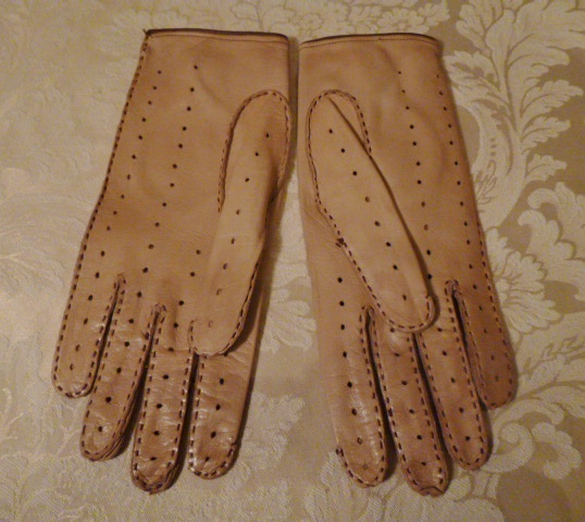 Vintage camel tan & brown leather driving gloves  (9)