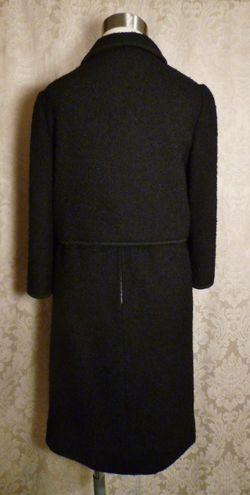 Elizabeth Arden Vintage 1960s black boucle suit (7)