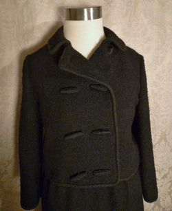 Elizabeth Arden Vintage 1960s black boucle suit (9)