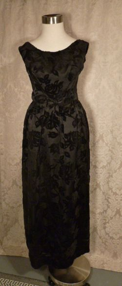 1960s Vintage Ben Barrack black flocked velvet gown (3)