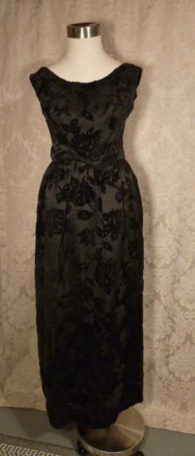 1960s Vintage Ben Barrack black flocked velvet gown (3)