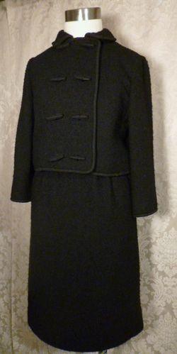 Elizabeth Arden Vintage 1960s black boucle suit (5)