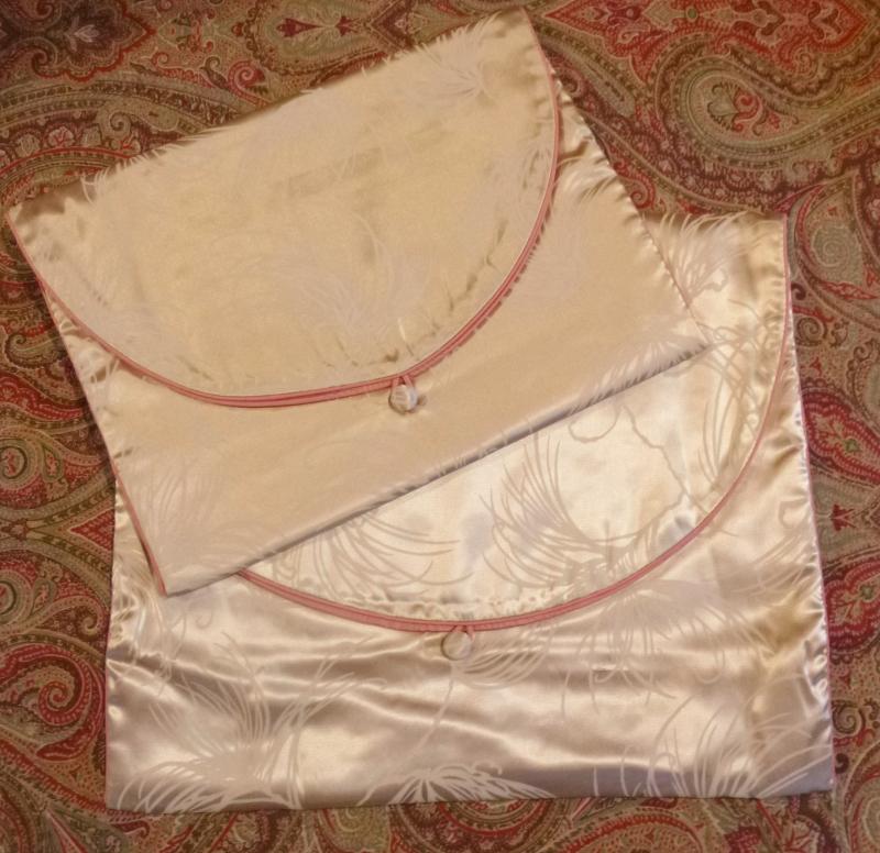 Vintage 1930s 1940s silk lingerie bags set (6)