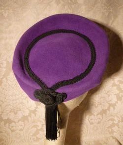 Eric Javits Vintage 80s 90s purple wool felt cossack shako hat black tassle trim (2)