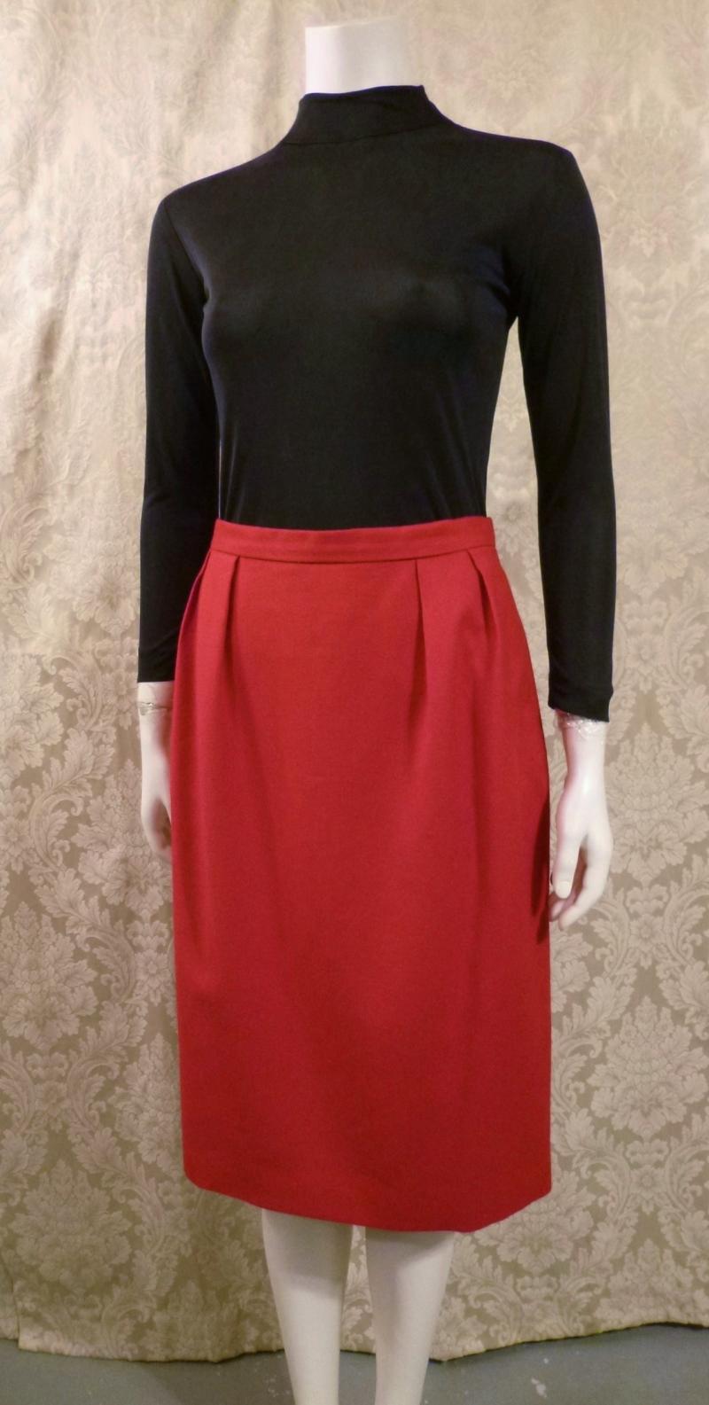 1980s vintage Christian Dior red skirt suit pockets (1)