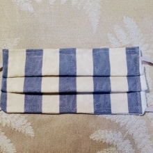 Made in USA Face Mask The Red Velvet Shoe Vintage Dupont blue & white stripe (2) (640x381)