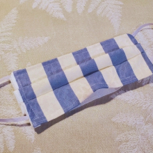 Made in USA Face Mask The Red Velvet Shoe Vintage Dupont blue & white stripe (2) (640x449)