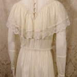 Vintage 1970's Gunne Sax by Jessica McClintock High Neck Ivory Lace Victorian Style Lawn Party Wedding Dress (16)