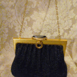 Vintage 1950s Whiting & Davis Black Diamond Beaded Mesh purse handbag (7)