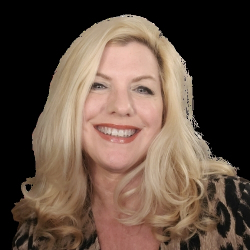 Michelle horlbogen the gentlewoman boss podcast headshot 1