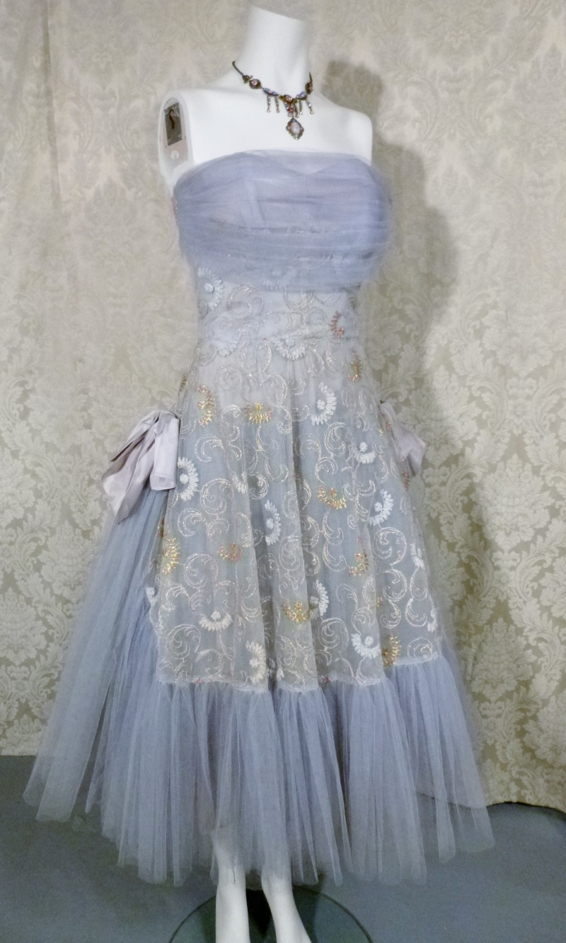1950s vintage party cocktail prom dress violet lilac lavender blue  tulle bows embroidery starlite imports  (7)