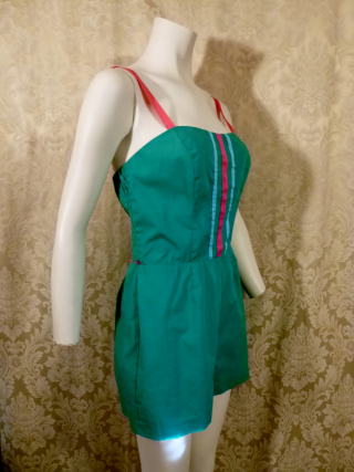 Vintage 1960's70's Vintage PlaySuit  Sunsuit  Romper by Sea Waves  (2)