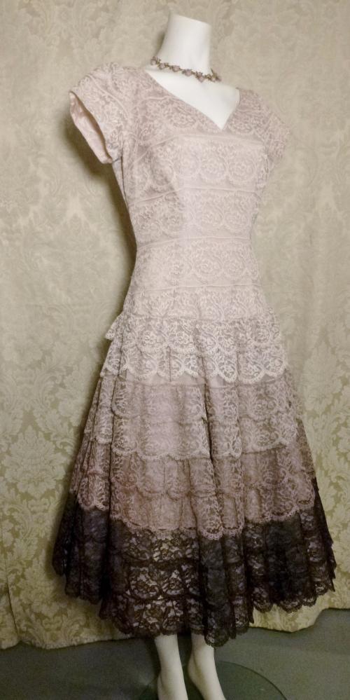 Vintage 1950s lace blush lilac plum eggplant brown ombre dress by Deja Paris New York label  (5)