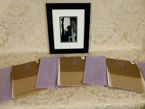 Vintage 1950s fully fashioned 100% nylon seamless stockings Gladding's Providence RI original box (7)