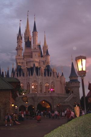 Castle_in_evening