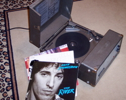 Record_player_3